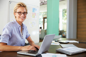 woman with glasses predicting search query intent